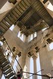Смотреть вверх внутреннюю колокольню Domnius Святого в разделении Стоковые Фотографии RF