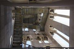 Смотреть вверх внутреннюю колокольню Domnius Святого в разделении, Хорватия Стоковое Изображение