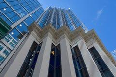 Смотреть вверх на городском офисном здании Торонто Стоковые Фото