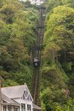 Смотреть вверх на железная дорога скале Lynton и Lynmouth Стоковая Фотография