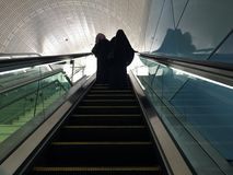Смотреть вверх на эскалаторе Стоковое фото RF