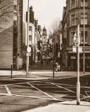 Смотреть вниз с улицы Бристоля Клары в тоне Sepia стоковая фотография
