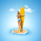 смотреть женщину моря Стоковые Изображения RF