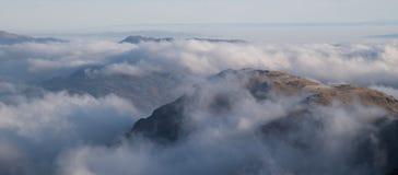 Смотреть над облаками от Beinn Ime Стоковые Изображения RF