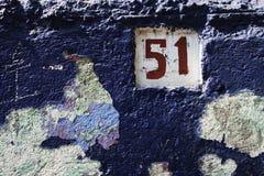 Смотреть на синь и номер дома Стоковая Фотография RF