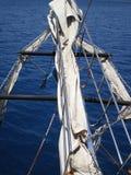 Смычок корабля обозревая Средиземное море стоковое фото rf