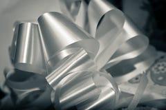 Смычок подарков на день рождения увиденный как графический элемент Стоковое Изображение RF