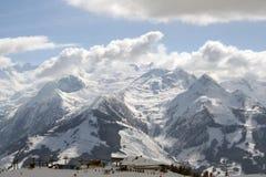 см., что лыжа помещает zell Стоковые Фотографии RF