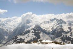 см., что лыжа помещает zell Стоковое фото RF