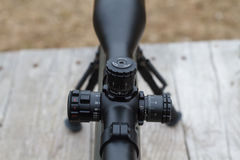 Снайперская винтовка оптически визирование Стрельба на черточке Стоковые Изображения RF