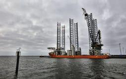 Снаряжение бурения в море в гавани Esbjerg, Дании Стоковая Фотография