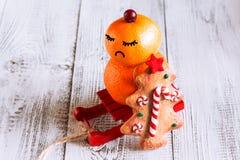 Снеговик плодоовощ с печеньями рождества Стоковые Изображения