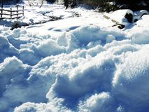 снег, зима, снег, холод, заморозок, природа, гора, белизна, кристалл, снежинка Стоковая Фотография RF