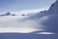 Снег и туман. Стоковое фото RF