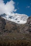 Снег-покрытое Huascaran Стоковое Фото