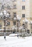 Снег покрыл винтажные лампы в Софии, Болгарии Стоковое Изображение RF