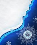 Снежинки на предпосылке снежка. Стоковое Изображение