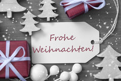 Снежинки Frohe Weihnachten подарка ярлыка значат с Рождеством Христовым Стоковые Фотографии RF