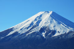 Снежк-покрытое Mount Fuji Стоковые Фотографии RF