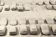 снежок автостоянки вниз стоковые изображения rf