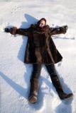 снежок девушки лежа Стоковая Фотография RF