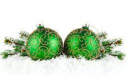снежок зеленого цвета firtree ветви шариков Стоковая Фотография RF