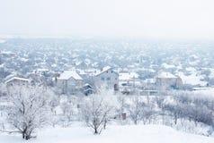 снежок под селом стоковое фото rf