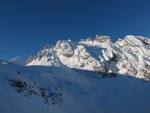 Снежок покрыл горы Стоковые Фотографии RF