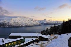 снежок zealand гор озера новый сценарный Стоковое Фото