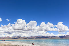 Сногсшибательный взгляд озера Namtso Стоковое фото RF