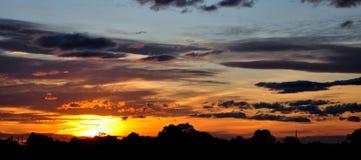 Сногсшибательный заход солнца Стоковое Фото