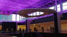 Снятый красивого дизайна интерьера нации возвышается мол Galleria акции видеоматериалы