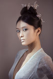Снятый футуристической молодой азиатской женщины Стоковая Фотография