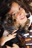 собака мальчика его стоковое изображение rf