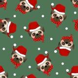 Собака Санта Клауса мопса с красным шарфом на зеленой предпосылке также вектор иллюстрации притяжки corel бесплатная иллюстрация