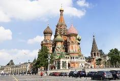Собор базилика St в красной площади, Москве Стоковые Изображения