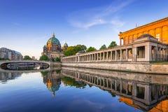 Собор Берлина на зоре, Германия Стоковые Изображения