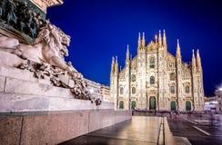 Собор милана, Аркада del Duomo на ноче, Италия стоковое фото rf