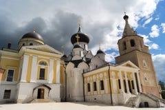 Собор предположения, собор троицы и колокольня на te Стоковое Изображение