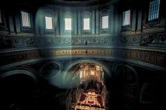 Собор церков в Риме, Италии Архитектура здания, atholic ориентир ориентир, историческое здание Стоковые Изображения RF