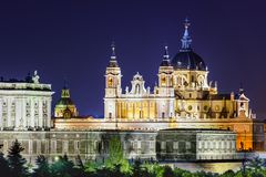Собор Almudena Мадрида, Испании Стоковые Изображения RF