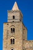 Собор Cefalu тринадцатого века в Cefalu, Сицилии, Италии Стоковое Изображение