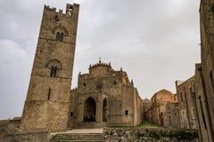 Собор Erice, провинция средневековой католической церкви главный Трапани Сицилия стоковая фотография rf
