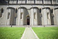 Собор Orvieto, Италии Правильная позиция, который характеризует 2-col стоковое фото
