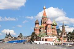 Собор Pokrovsky, спуск Vasilevsky в Москву Стоковое фото RF