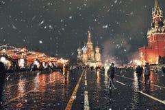 Собор ` s базилика Святого в красной площади в зиме Стоковое фото RF