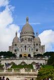 Собор Sacre Coeur на холме Montmartre, Париже, Франции Стоковое фото RF