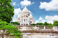 Собор Sacre Coeur на Montmartre, Париже Стоковые Изображения