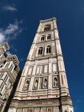 Собор Santa Maria del Fiore и колокольня Стоковое Фото