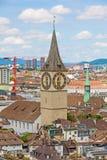 Собор St Peter, ориентир ориентир Цюриха, городской Стоковая Фотография